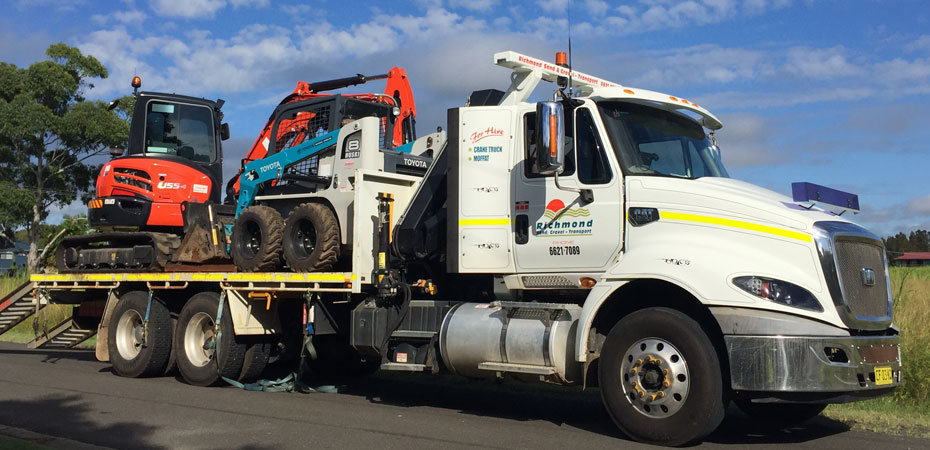Richmond-Sand-Gravel-Landscaping-crane-truck-machinery