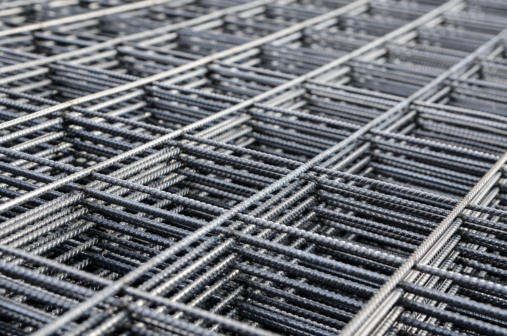 Steel reinforcing mesh for concreting construction.