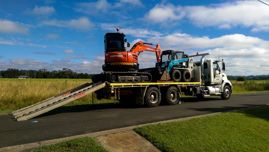 Richmond Sand Gravel and Landscaping Bobcat and Excavator hire