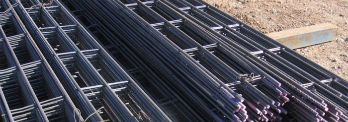 Trench mesh for reinforcing concrete footings