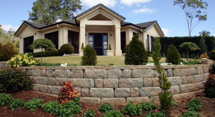 Meadow Stone Retaining Wall Block by Adbri