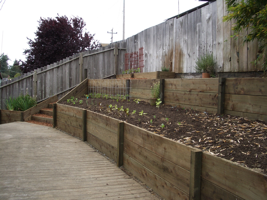 DIY Timber Retaining Wall