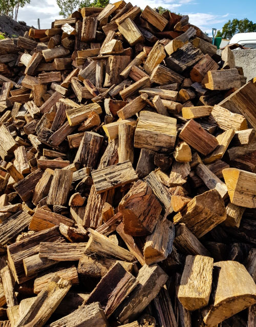 Clean Burning Aged Hardwood firewood available in Ballina and Lismore