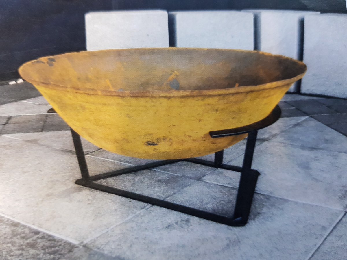 Cast Iron Fire Pits with stand