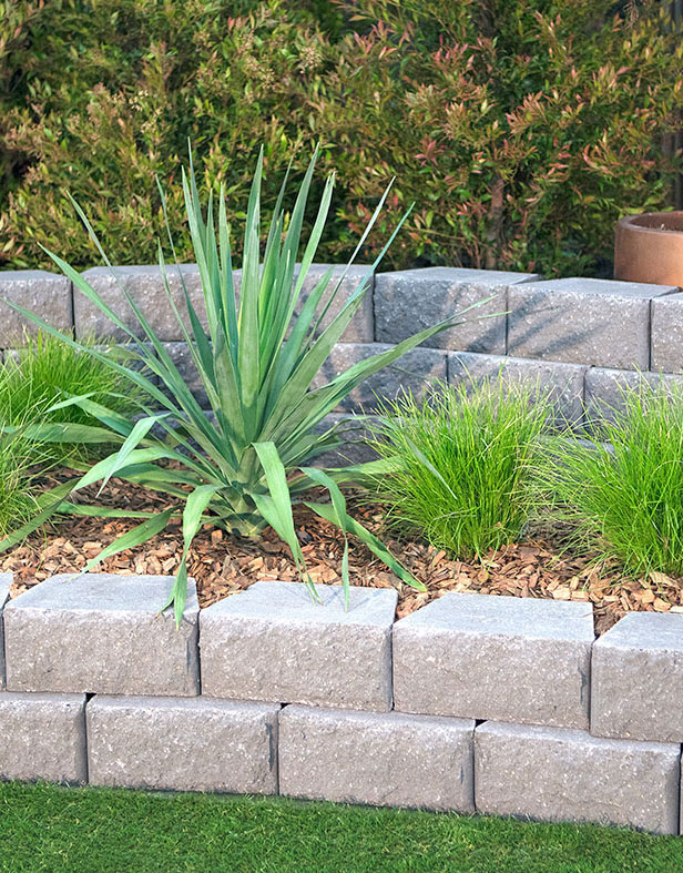 Easy DIY Windsor Stone Retaining Wall Blocks